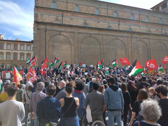 Con la Palestina e la resistenza palestinese, fino alla vittoria!